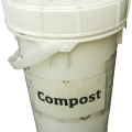 6-gallon bucket for compost